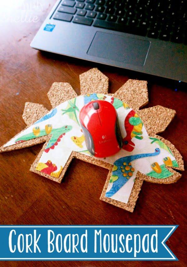 DIY Cork Board Mousepad