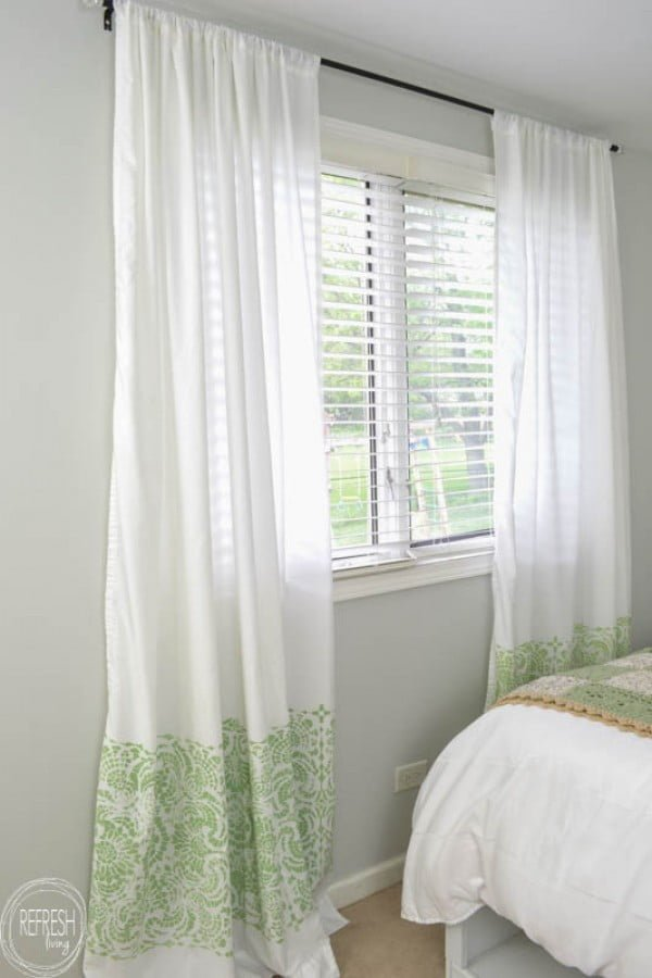Cheap DIY Curtains Made with Sheets - Refresh Living #DIY #homedecor