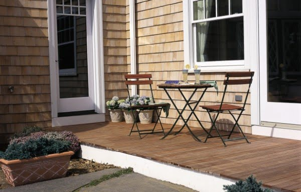 How to Build a Simple Deck #DIY #deck #woodworking