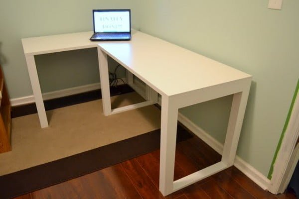 Easy DIY Craft Desk • Ugly Duckling House #DIY #homdecor
