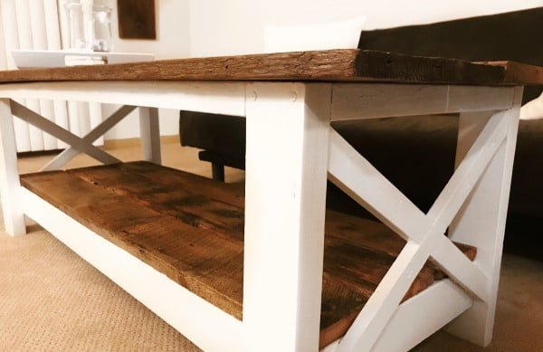 DIY: Farmhouse Coffee Table