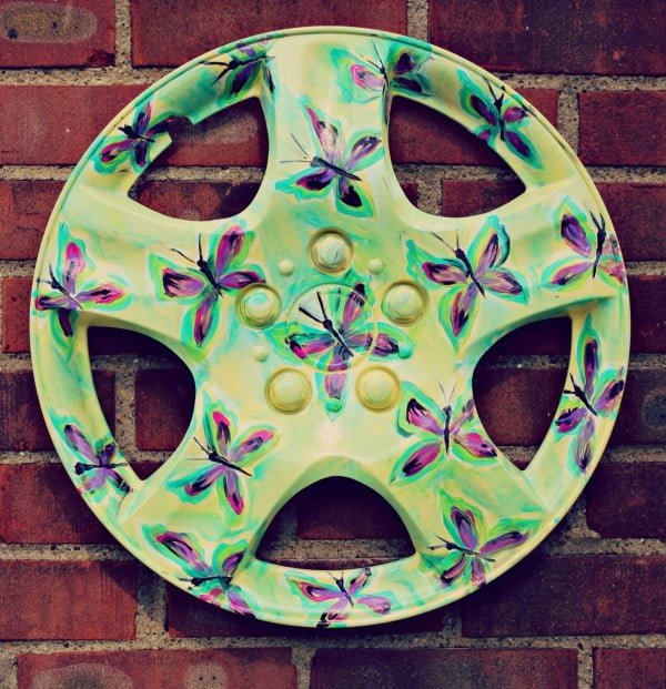 DIY Garden Art: Repurposed Hubcaps   art