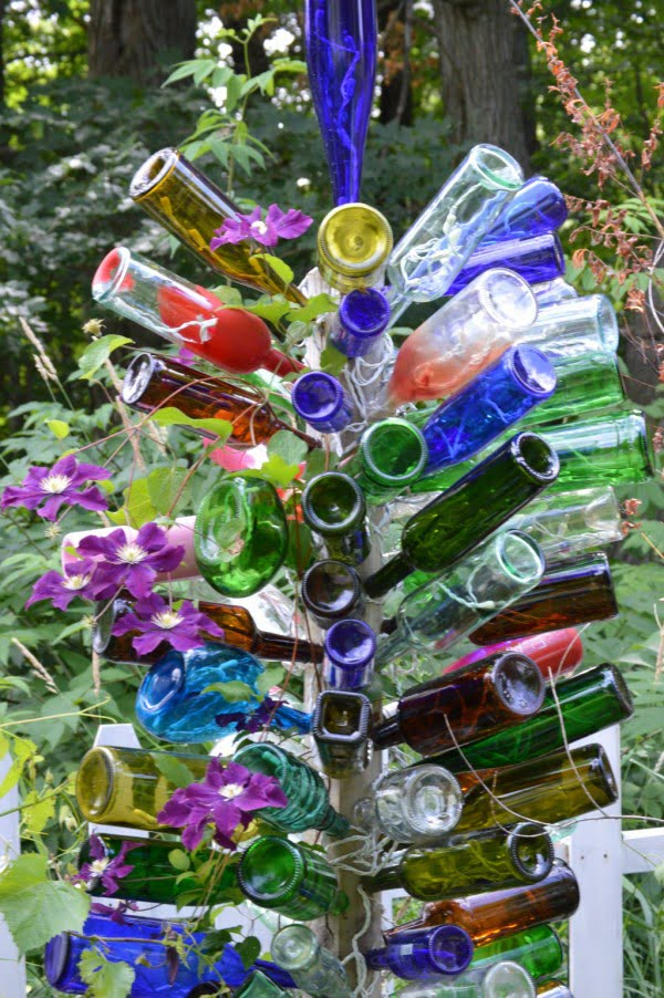 DIY: How to Make a Bottle Tree for Your Garden   art