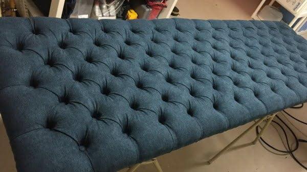 How to Make a Tufted Headboard #diy #homedecor #bedroomdecor
