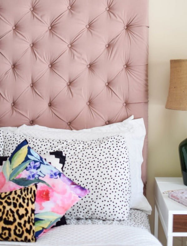 DIY Tufted Headboard: Over-sized Edition - Chic Misfits #diy #homedecor #bedroomdecor