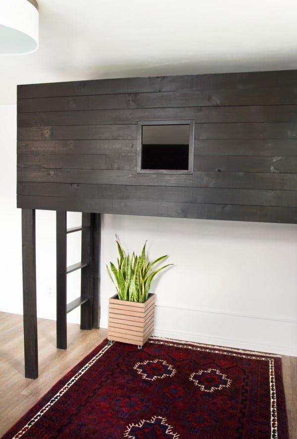 Six Easy Steps to a DIY Modern Loft Bed for Teens #DIY #furniture #bedroom #homedecor
