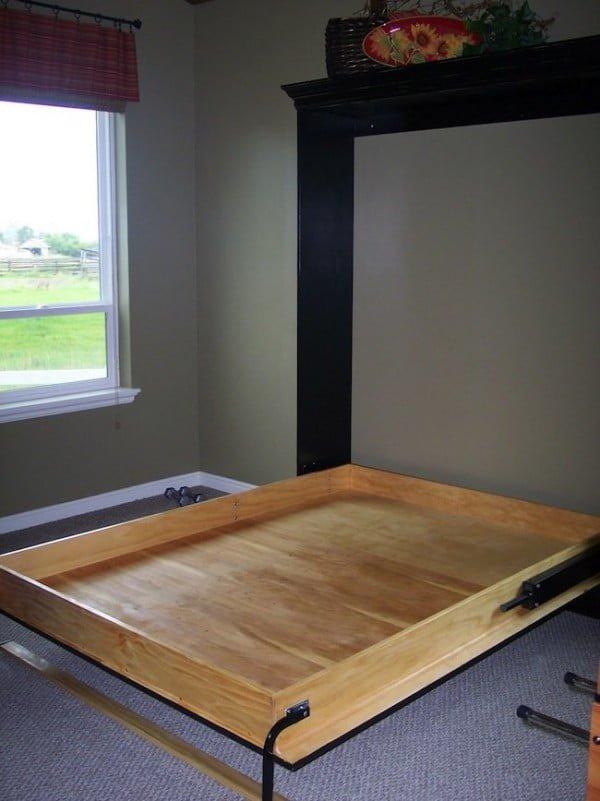 DIY Murphy Bed #DIY #furniture #bedroomdecor #homedecor