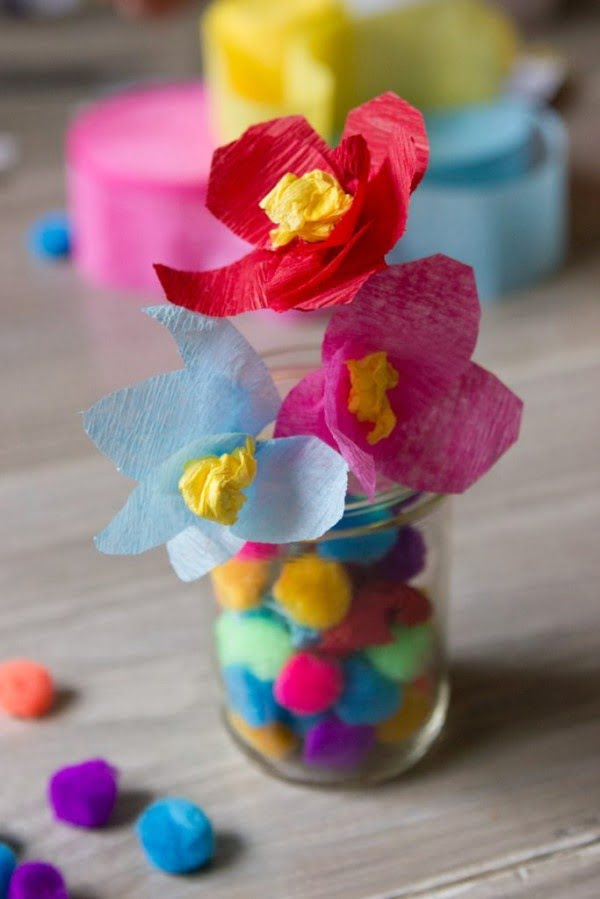 Easy DIY craft: Mexican-inspired paper flowers for flowers crowns
