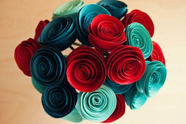 HOW TO MAKE PAPER FLOWER BOUQUET TUTORIAL EASY STEP BY STEP - YouTube | 401x600