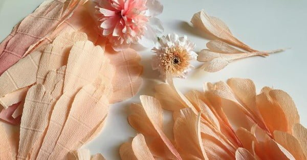 Learn How to Craft Your Own Lifelike Flowers With Paper and Glue