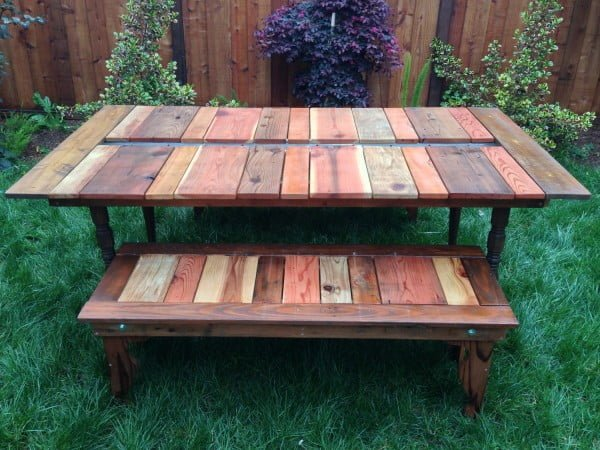 Reclaimed Wood Flat-Pack Picnic Table With Planter/Ice Trough #DIY #patio #outdoors #backyard #furniture