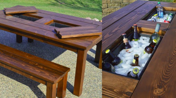 This DIY Patio Table Sports a Built-in Drink Cooler #DIY #patio #outdoors #backyard #furniture