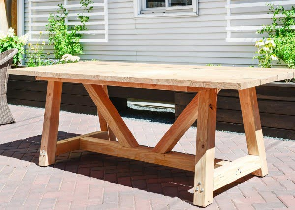 Our DIY Patio Table, Part I #DIY #patio #outdoors #backyard #furniture