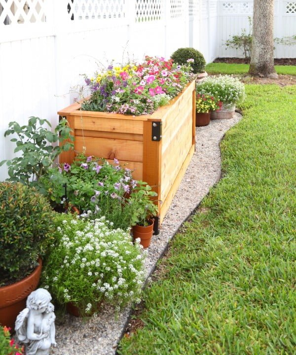 BACKYARD DIY SERIES PART IIII: Cedar Wood Planter Box   ing