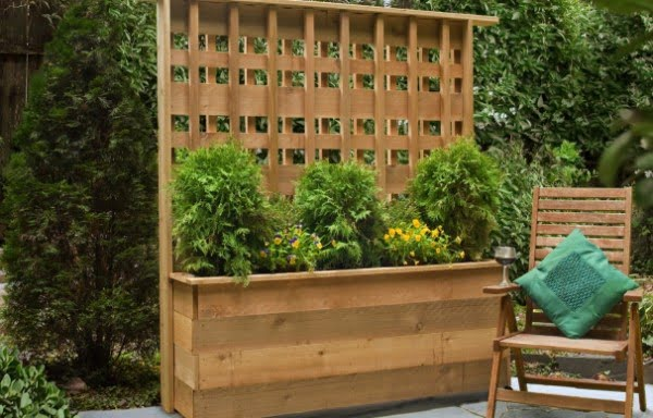 How to Build a Privacy Planter   ing
