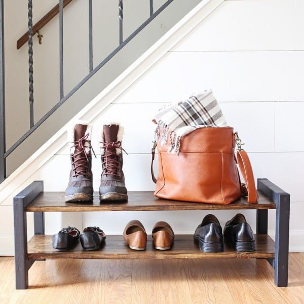 Entryway DIY Shoe Rack - Angela Marie Made #DIY #homedecor #organization