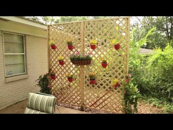 10 Easy Diy Trellis Screens To Create Privacy In Your Backyard