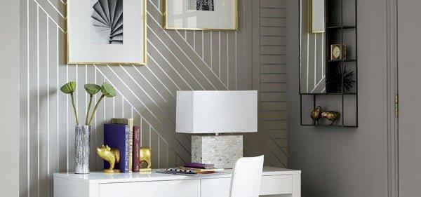 DIY Linear Wallpaper #DIY #walldecor #homedecor