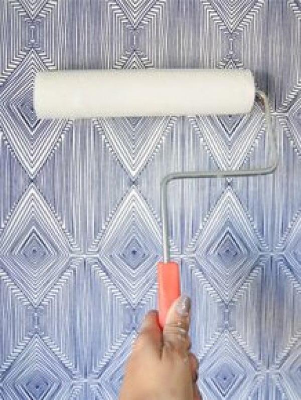 DIY Temporary Fabric Wallpaper • Vintage Revivals #DIY #homedecor #walldecor