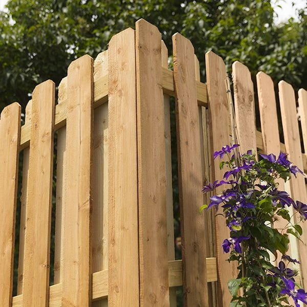 DIY privacy fence plans #DIY #woodworking