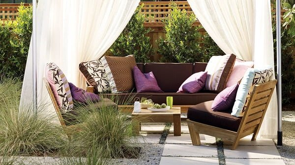 DIY outdoor lounge cabana #DIY #woodworking