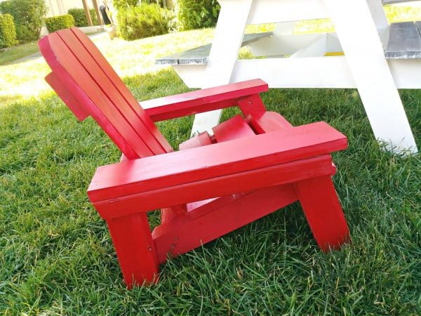 DIY Childrens Adirondack Chair