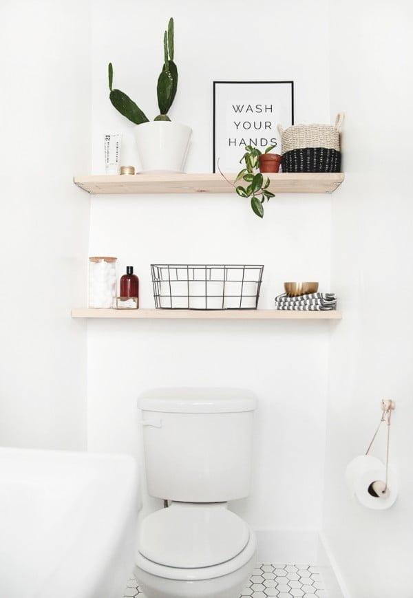 DIY Bathroom Shelves   decor