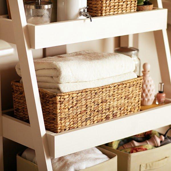 DIY Bathroom Storage Shelves   decor