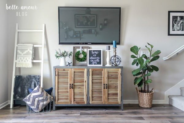 DIY Blanket Ladder and Chalk Paint Tutorial #DIY #woodworking #storage #organize #homedecor
