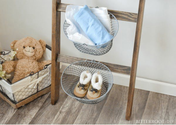 Nursery Blanket Ladder #DIY #woodworking #storage #organize #homedecor