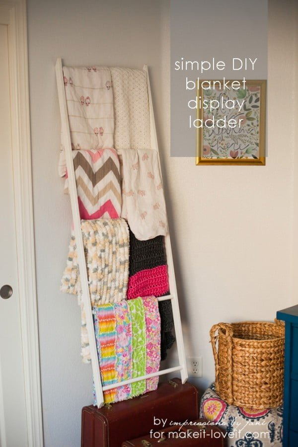 DIY Blanket Storage Display Ladder #DIY #woodworking #storage #organize #homedecor