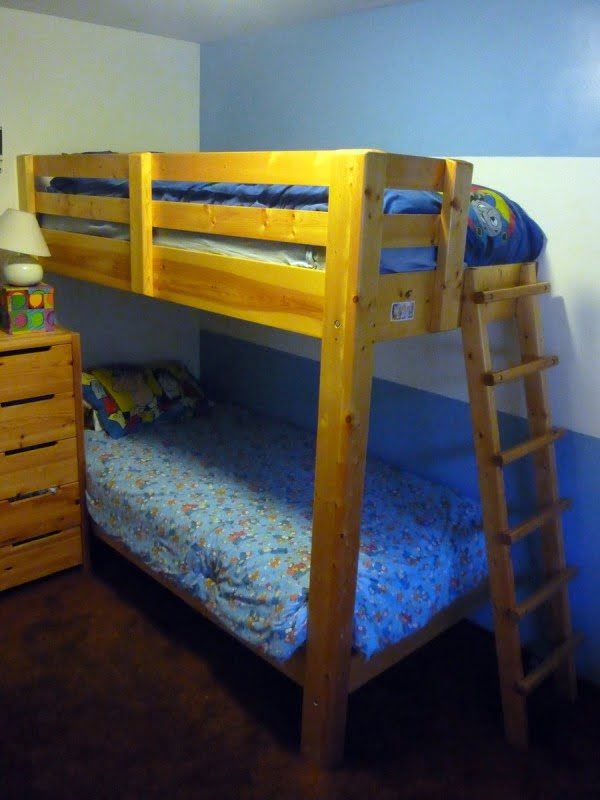 One-legged Bunk Bed