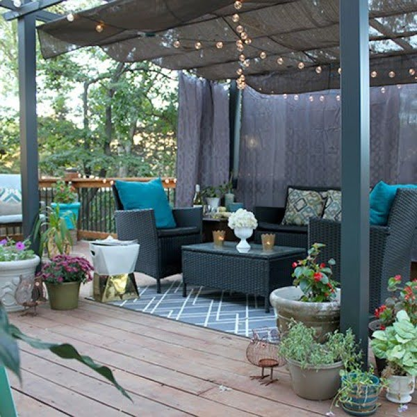 DIY // CABANA + DECK UPDATE #DIY #backyard #garden #outdoors