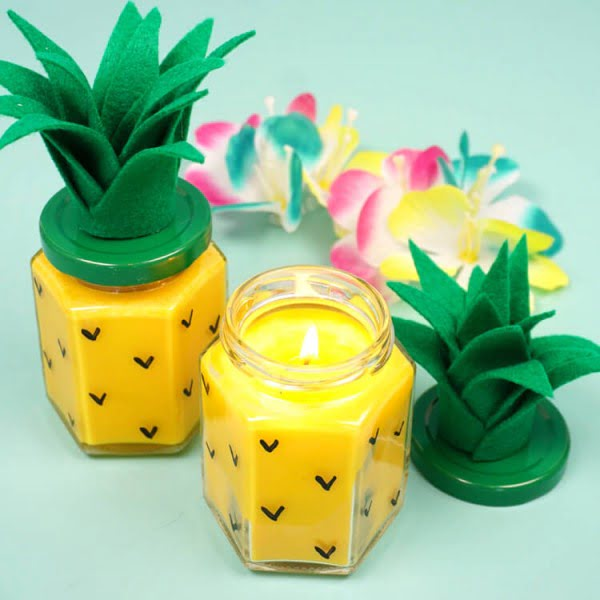 Easy DIY Pineapple Candles #DIY #candle #homdecor #crafts
