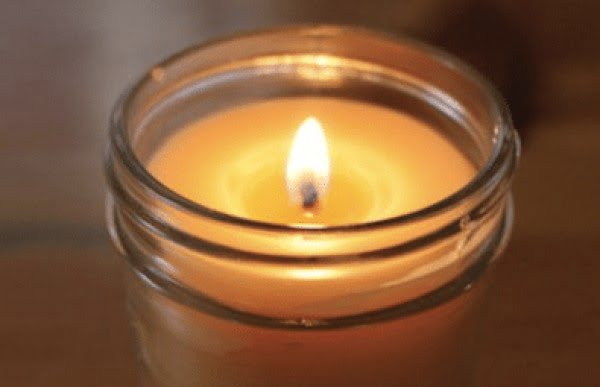 How To Make Your Own Candles at Home #DIY #candle #homdecor #crafts