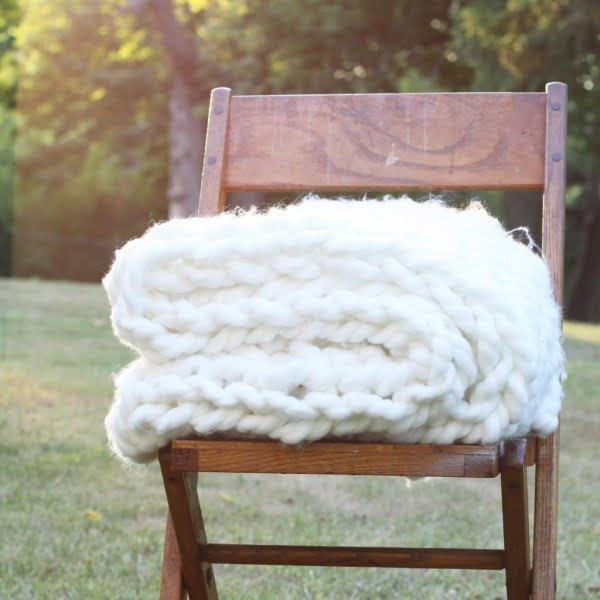 Chunky Arm Knit Throw DIY