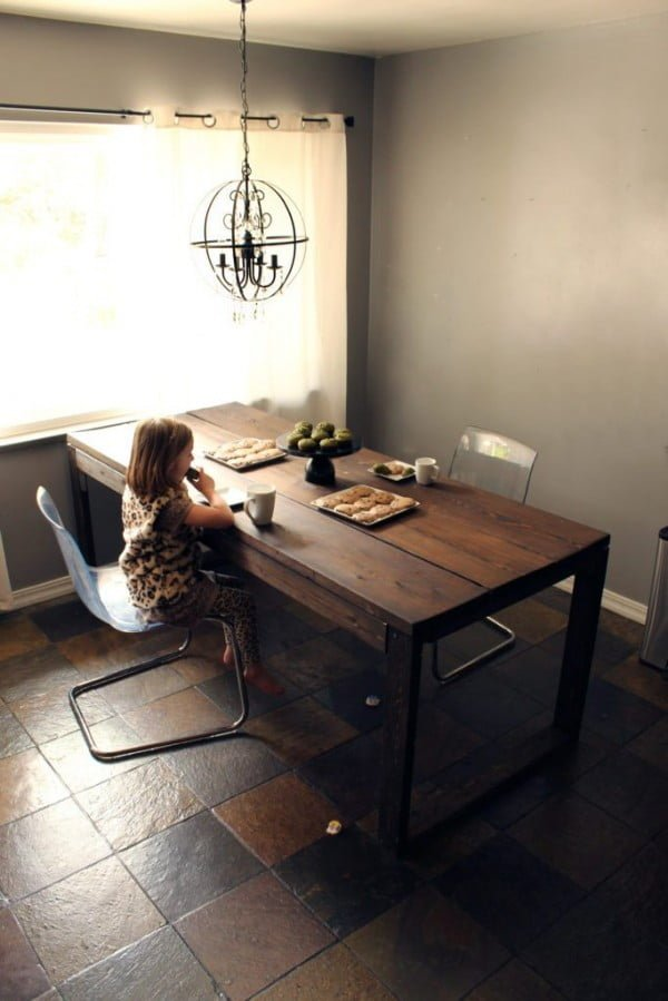 Make Your Own DIY Dining Table #DIY #furniture #homedecor #woodworking
