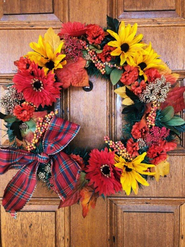 Dollar Tree DIY: Fall Wreath