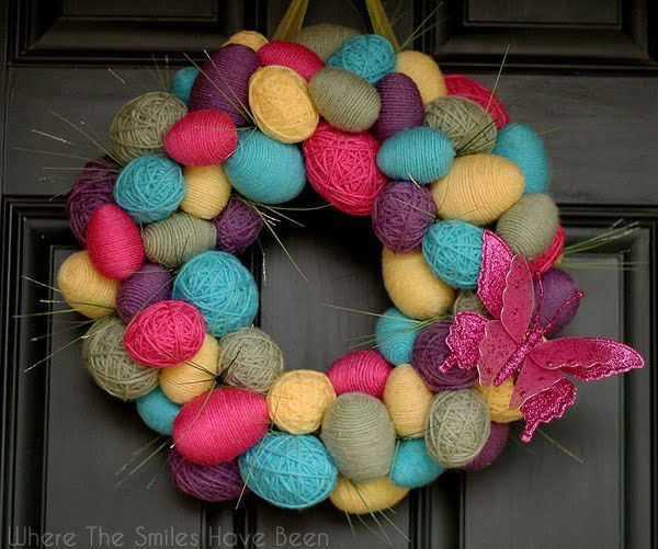 Spring Easter Egg Wreath #easter #easterwreath #wreath #DIY #crafts #homedecor #springdecor