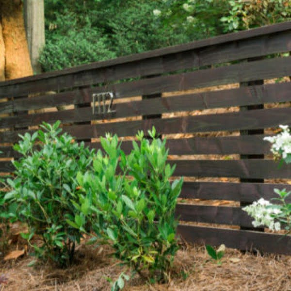DIY Fence Tips & Tricks #DIY #backyard #garden #woodworking
