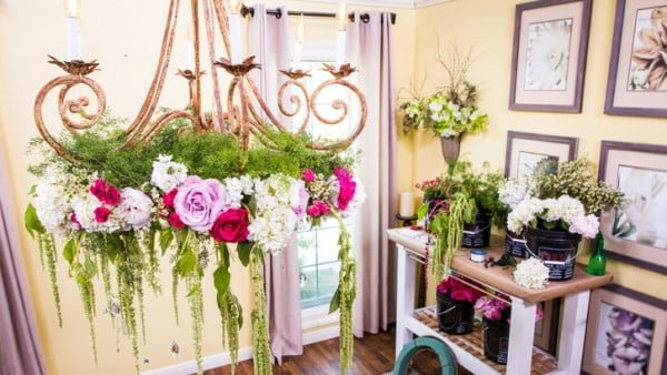 Learn How to Make a Flower Chandelier – Whole Blossoms