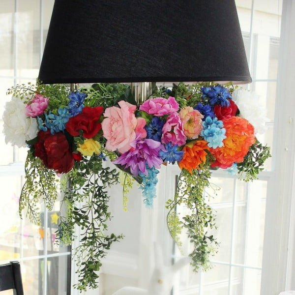 Make an Easy DIY Hanging Faux Flower Chandelier Knock it Off Kim #DIY #floral #chandelier #homedecor #lighting