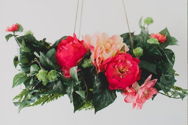 DIY: Silk Flower Chandelier #DIY #floral #chandelier #lighting #homedecor