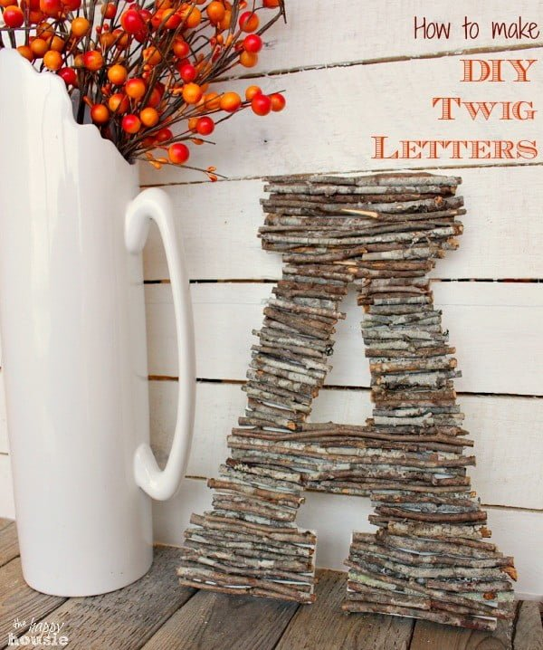 How to Make DIY Twig Letters #DIY #monogram #homedecor #walldecor