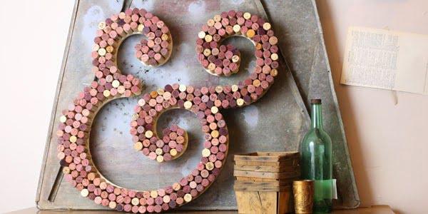Wine Cork Letter DIY #DIY #monogram #homedecor #walldecor
