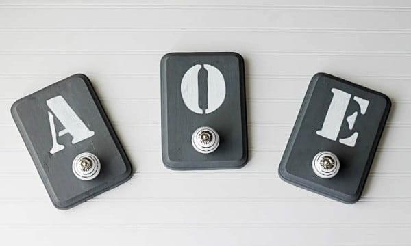 DIY Hooks: Monogrammed Decorative Organization