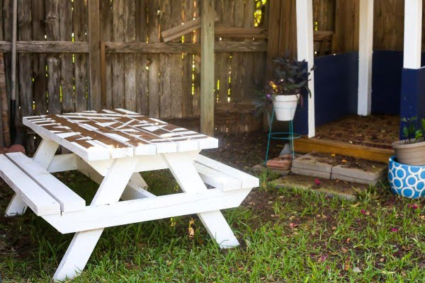 DIY Kids Picnic Table With a Geometric Painted Top // Love & Renovations #DIY #woodworking #outdoors #backyard #garden