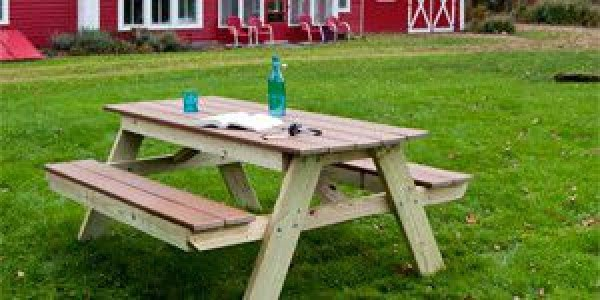 The Best Picnic Table Plans & Steps #DIY #woodworking #outdoors #backyard #garden