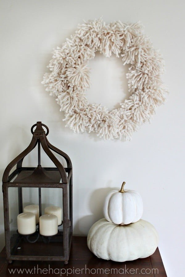 DIY Giant Pompom Wreath