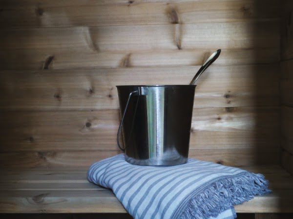 Wellness How-To: Our DIY Sauna